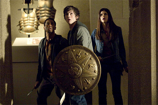 Percy_Jackson,_Annabeth_Chase,_Grover_Underwood_against_the_Hydra (1)
